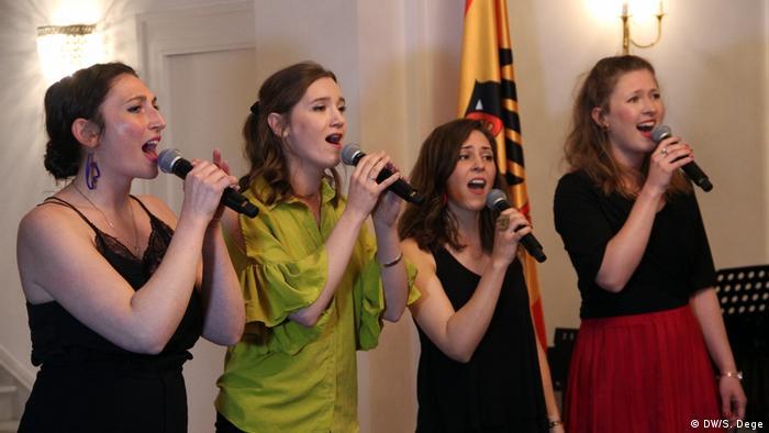 Die vier Sängerinnen des Vocalensembles Of Cabbages And Kings