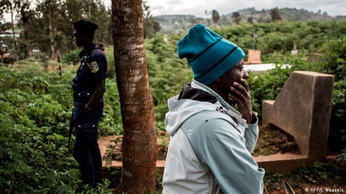 DR Kongo Butembo Beisetzung von Ebola-Opfern