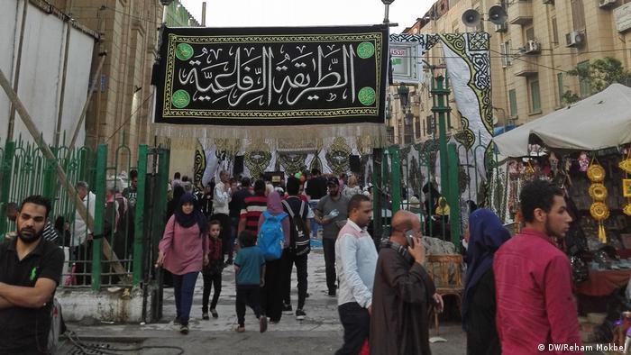 مجالس الصوفية بالقاهرة - طقوس رمضان بنكهة خاصة