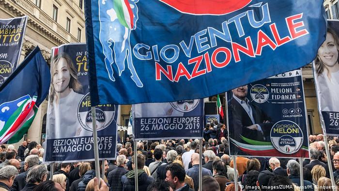 Italien Kundgebung von neuer Rechts-Allianz in Mailand