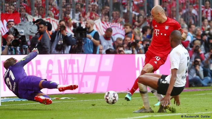 Bundesliga 34. Spieltag | FC Bayern München vs. Eintracht Frankfurt | 5. TOR Bayern (Reuters/M. Dalder)