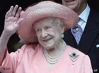 Resultado de imagem para falecimento da rainha mãe elizabeth