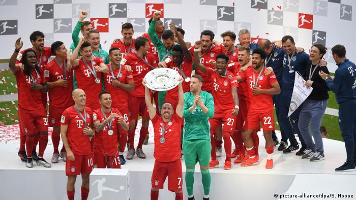 Бавария футбол кубок уефа