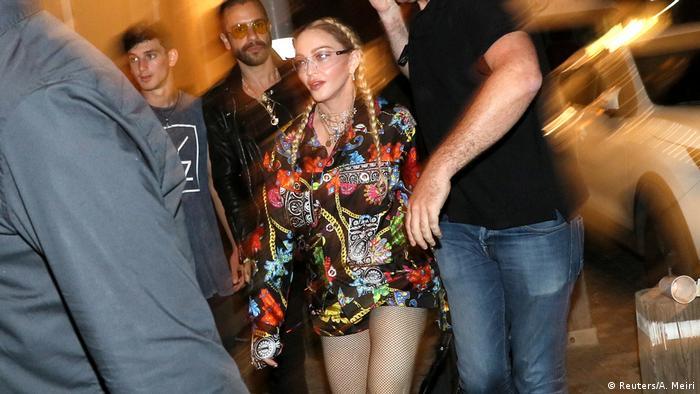 Madonna auf der Straße