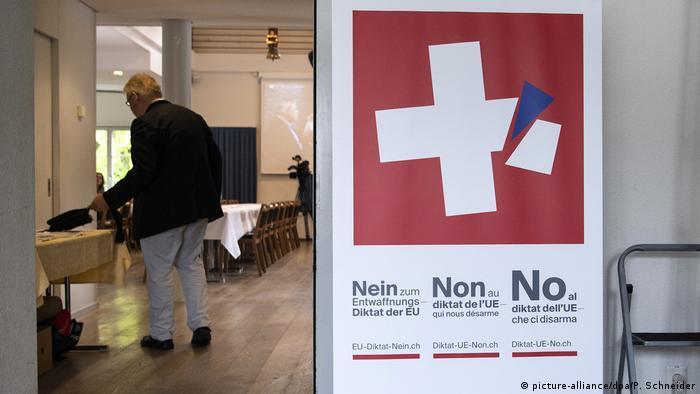 У Швейцарії існує давня традиція референдумів