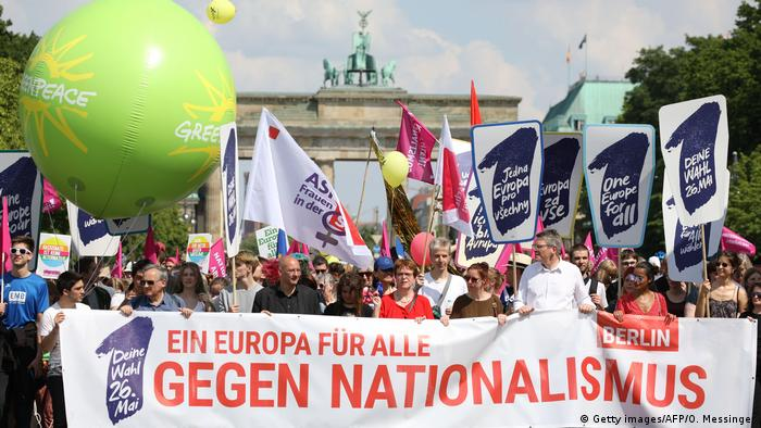 Participants at the One Europe for All demonstration in Berlin (Getty images/AFP/O. Messinger)