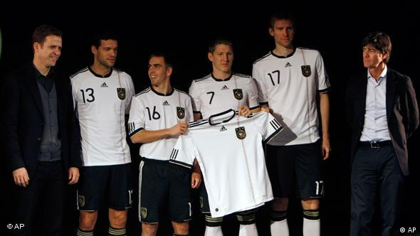 Fussball Nationalmannschaft Trikot Flash-Galerie