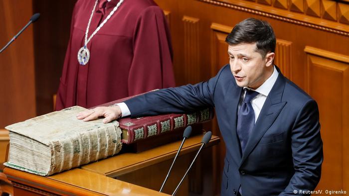 Експерти вважають, що у Зеленського немає підстав для розпуску Верховної Ради