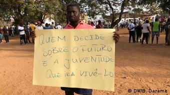 Guinea-Bissau Demonstrationen in Bissau (DW/B. Darame)