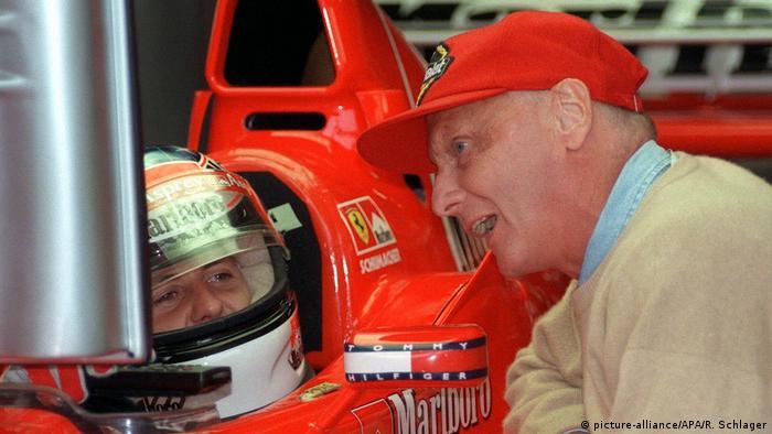 Niki Lauda und Michael Schumacher (picture-alliance/APA/R. Schlager)