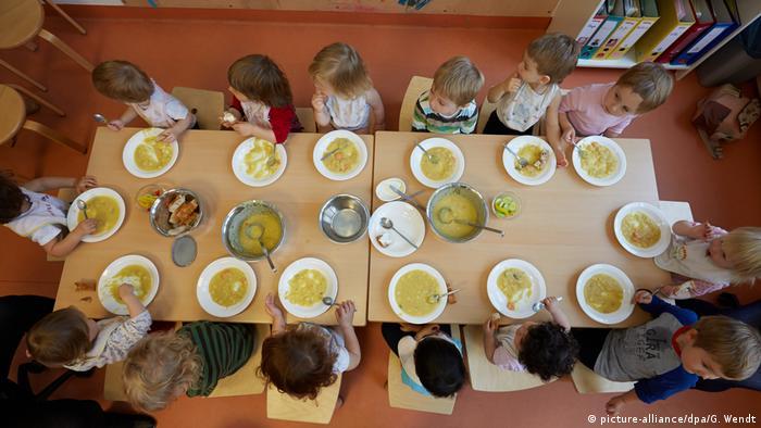 Меню для детского сада: чем в Германии кормят дошкольников