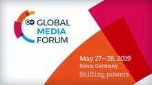 Banner zur Bewerbung des Global Media Forum mit Thema, Datum und Ort