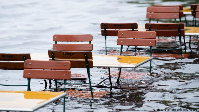 High water levels in Germany (picture-alliance/dpa/S. Hoppe)