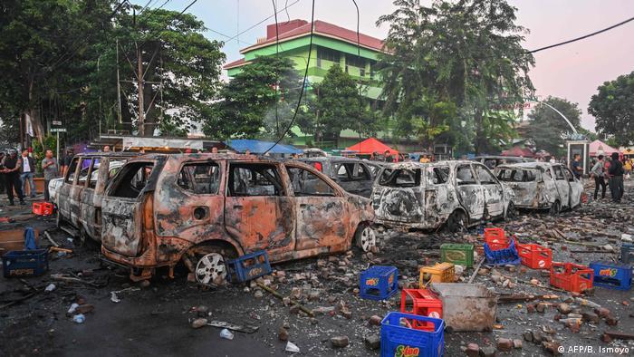 So sieht es in Jakarta nach den Ausschreitungen aus