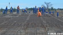 Mosambik Straßenbau in der Provinz Niassa