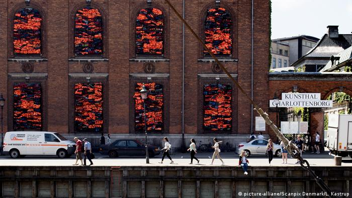 Ai Weiwei Soleil Levant Installation on the facade of the Museum Kunsthal Charlottenborg
