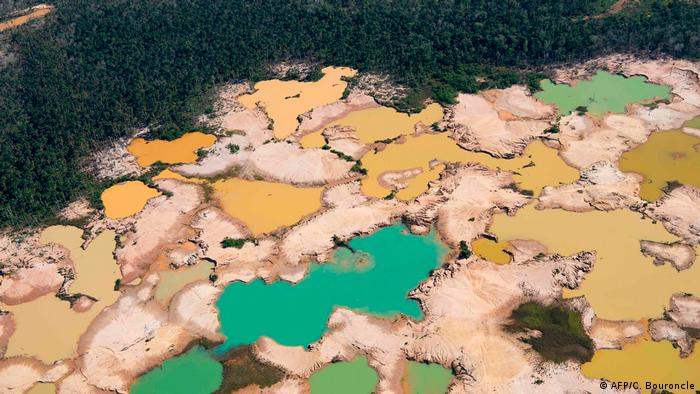 Dried out areas of the Amazon in Peru (AFP/C. Bouroncle)