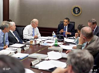 کابینهی جنگی اوباما، متشکل از سرآمدان نظامی و دولتی، تاکنون ۹ بار درباره افغانستان تشکیل جلسه داده است.