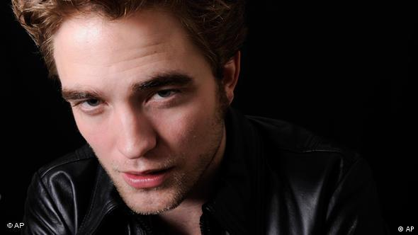 Twilight New Moon Robert Pattinson Flash-Galerie