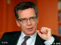 «Όχι» στην απορρόφηση μεταναστών από την Αφρική είπε χθες ο Γερμανός υπουργός Εσωτερικών ντε Μεζιέρ