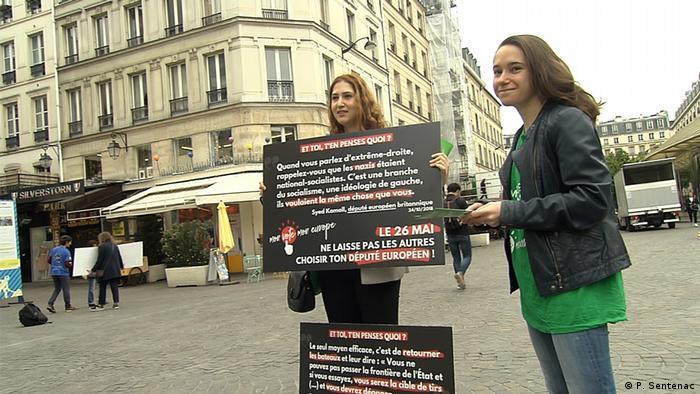 Ação da Associação Jovens Europeus em Paris