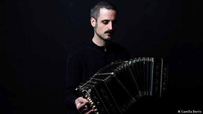 Omar Massa, bandoneonista argentino, tocó en el festival Phil Harmonik 2019 de Berlín.