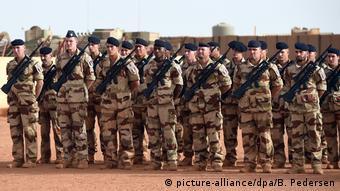 Des soldats français dans un camp à Gao (Nord du Mali)