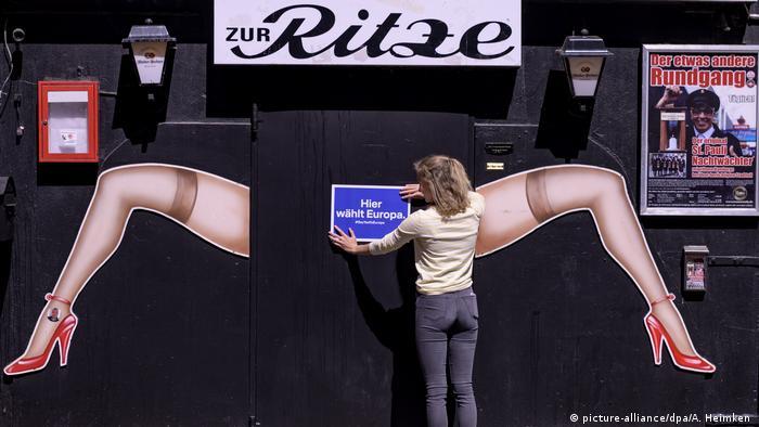 BG Ungewöhnliche Orte in Deutschland für EU-Briefwahl (picture-alliance/dpa/A. Heimken )
