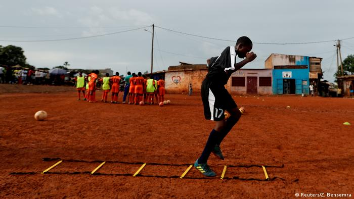 A player exercises during a training session Reuters/Z. Bensemra)