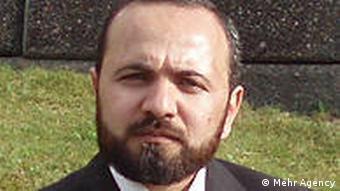 احمد اسماعیلی سخنگوی شورای مرکزی شمس یک گروه مربوط به اهل سنت در ایران