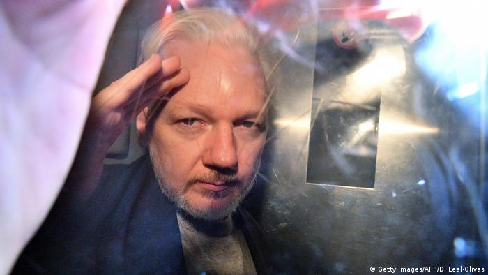 Julian Assange (Getty Images/AFP/D. Leal-Olivas)