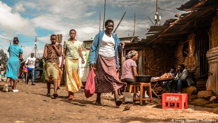 Kenia: Kibera-Slum in Nairobi (Imago Images/D. Odhiambo)