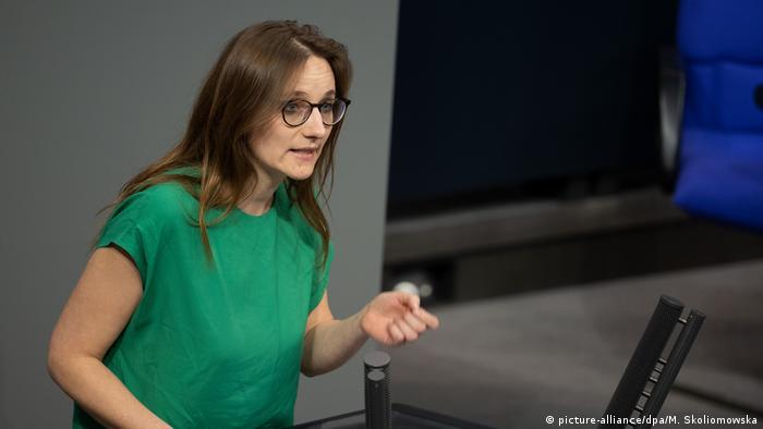 Lisa Badum, Grünen-Politikerin und Mitinitiatorin von Politics for Future (Foto: picture-alliance/dpa/M. Skoliomowska)