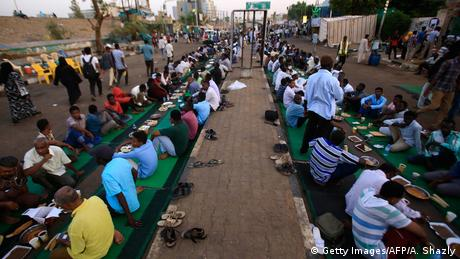 Sudan Proteste in Khartum (Getty Images/AFP/A. Shazly)