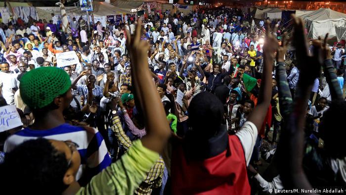 Sudan Proteste in Khartum (Reuters/M. Nureldin Abdallah)