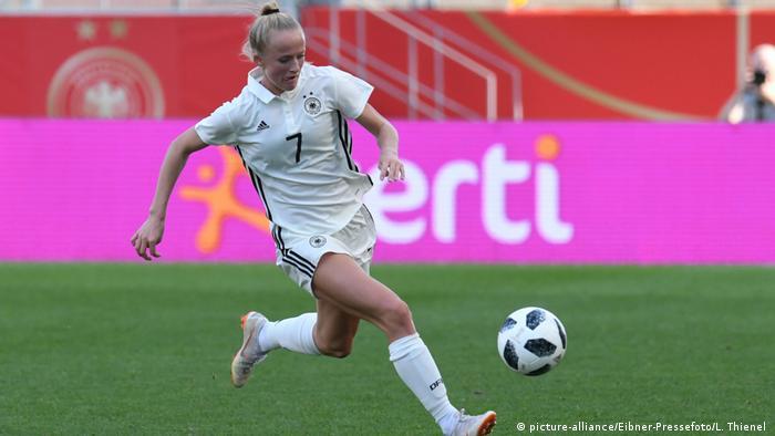 Deutsche Mannschaft Frauen   Lea Schüller