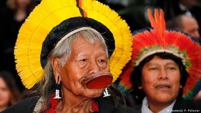Häuptling Raoni Metuktire vom Volk der Kayapó