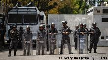 Venezuela Polizei (Getty Images/AFP/F. Parra)