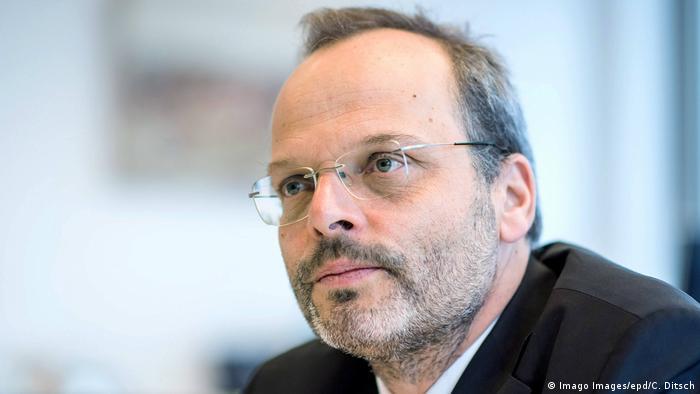 فلیکس کلاین، مسئول مبارزه با یهودستیزی در آلمان