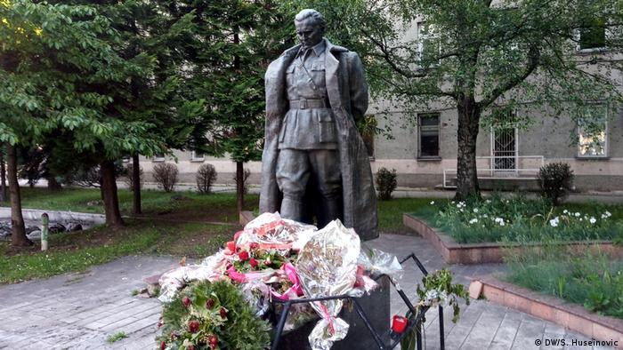 Bosnien und Herzegowina - Sarajevo   Josip Broz Tito Denkmal (DW/S. Huseinovic)