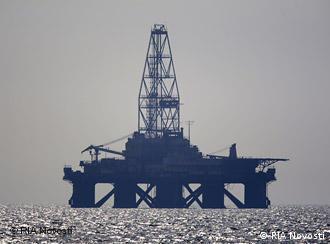 Oil rig in the Caspian Sea