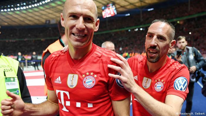 Robben e Ribéry se despediram do Bayern na partida deste sábado