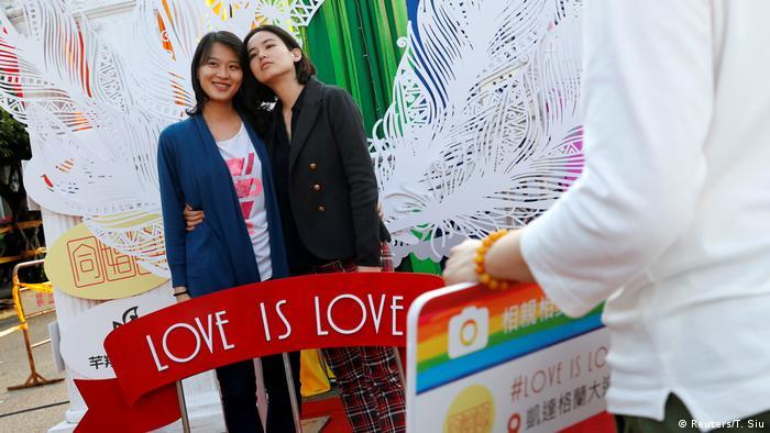 Taiwan Gleichberechtigung l Erste gleichgeschlechtliche Ehen (Reuters/T. Siu)