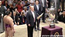 Japan Staatsbesuch l US-Präsident Donald Trump in Japan - Sumo Ringen