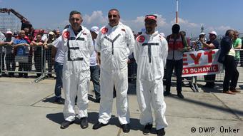 Türkei Istanbul - Demonstration der EYT (DW/P. Ünker)