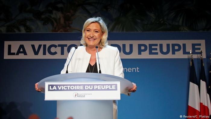 Europawahlen Frankreich Marine Le Pen Rassemblement National (Reuters/C. Platiau)