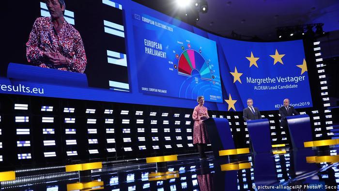 Belgien Margrethe Vestager in Brüssel (picture-alliance/AP Photo/F. Seco)