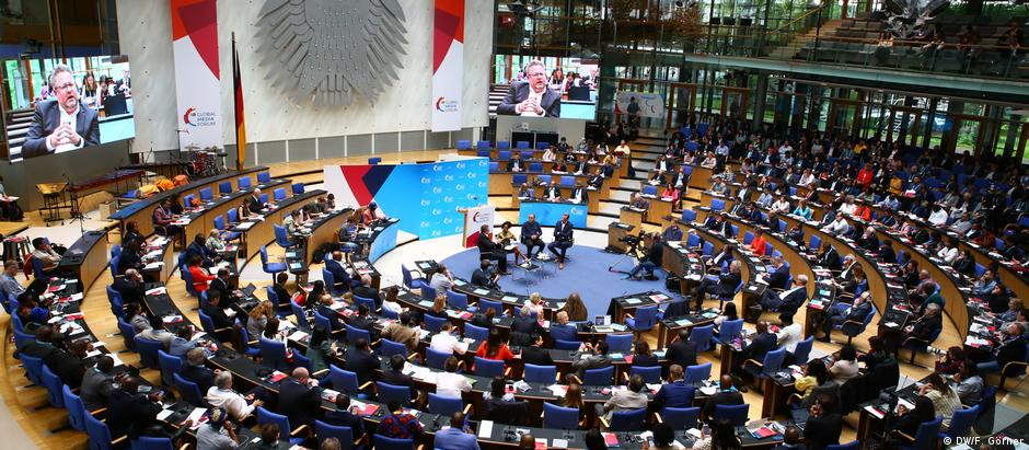 Plenary Session: Who's got the power in the media landscape? Part 1 (DW/F. Görner)