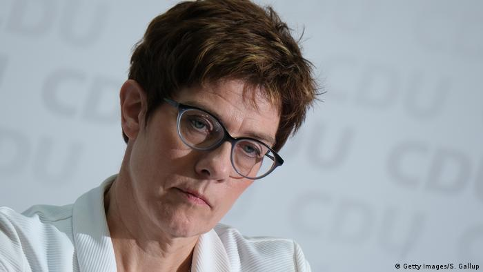 Deutschland | PK Annegret Kramp-Karrenbauer | Europawahlen 2019 (Getty Images/S. Gallup)