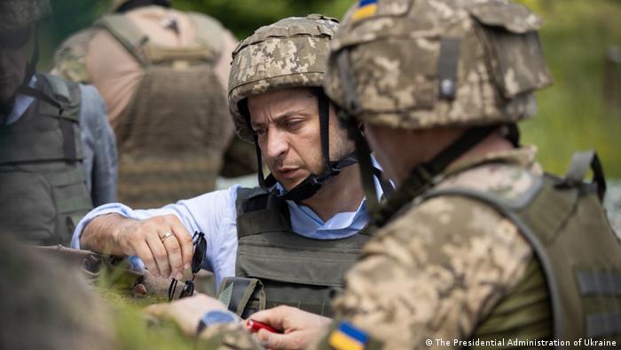 Ukraine | Präsident Volodymyr Zelenskyy besuchte Streitkräfte im Gebiet Luhansk